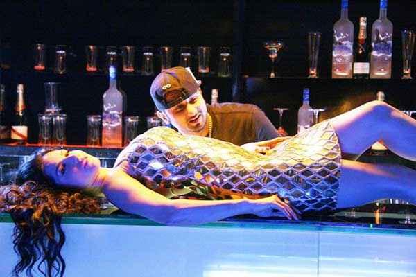 Ragini MMS 2 Sunny Leone Yo Yo Honey Singh In Chaar Botal Vodka Song Stills