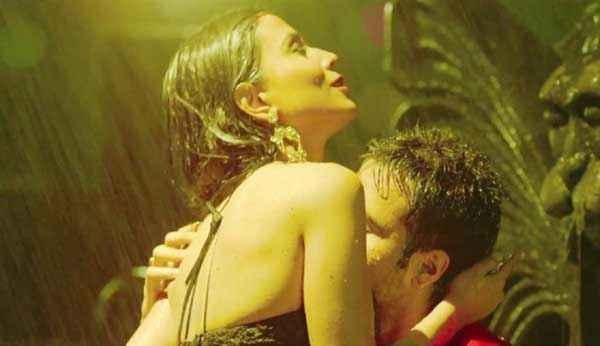 Raja Natwarlal Humaima Malick Emraan Hashmi Hot Scene Stills
