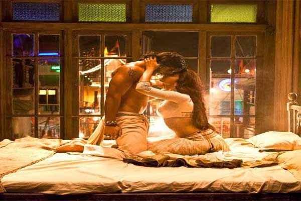 Ram Leela Deepika Padukone Ranveer Singh Bedroom Scene Stills