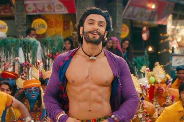 Ram Leela Ranveer Singh 6 Pack Body Stills