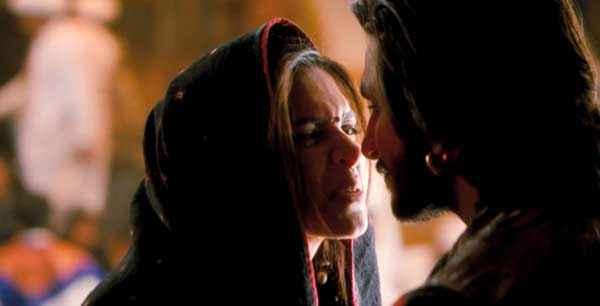 Ram Leela Ranveer Singh Deepika Padukone Comedy Scene Stills