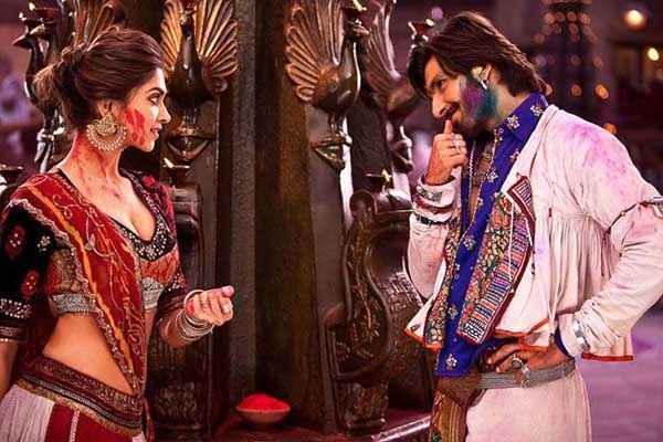 Ram Leela Ranveer Singh Deepika Padukone Cool Pic Stills
