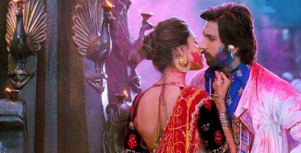 Ram Leela Ranveer Singh Deepika Padukone Kiss Scene Stills