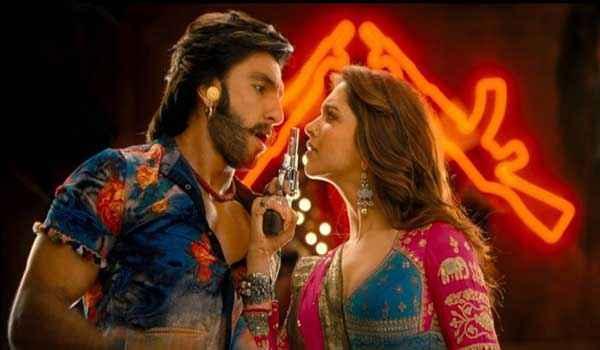 Ram Leela Ranveer Singh Deepika Padukone With Gun Stills