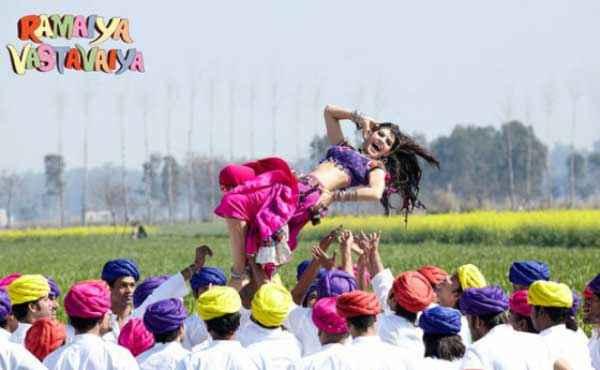 Ramaiya VastaVaiya Jacqueline Fernandez in Jadoo Ki Jhappi Stills