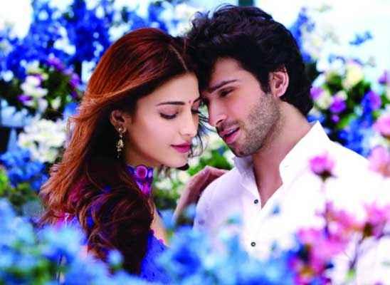 Ramaiya VastaVaiya Romantic Scene Stills