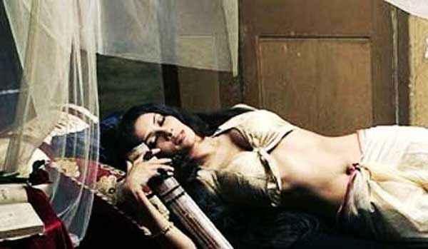 Rang Rasiya Nandana Sen Sexy Pics Stills