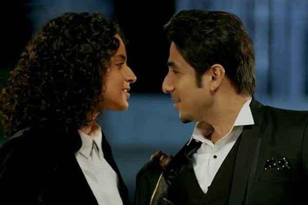 Revolver Rani Kangna Ranaut Vir Das Romantic Scene Stills