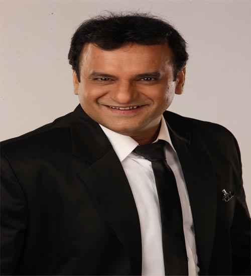 Rowdy Rathore Star Cast Paresh Ganatra