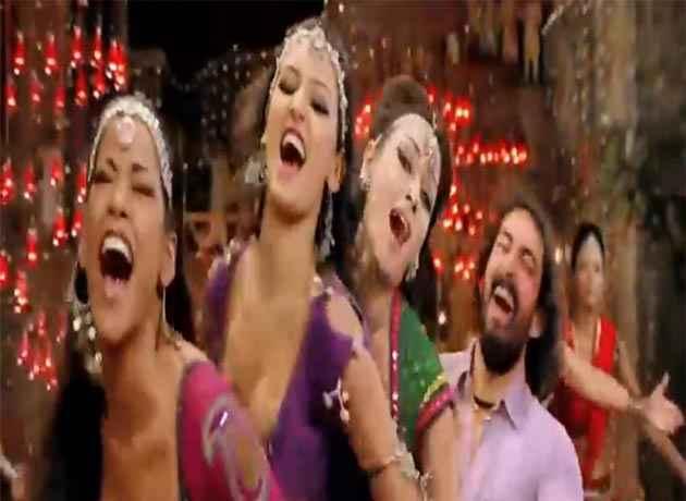 Rowdy Rathore Aa Re Pritam Pyare Actress Stills