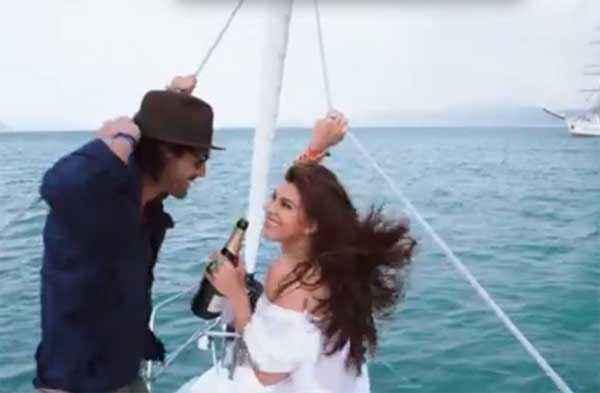 Roy Arjun Rampal Jacqueline Fernandez With Wine In Boat Stills