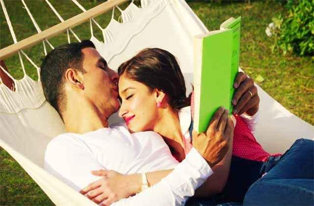 Rustom Akshay Kumar Ileana Dcruz Romance Pics Stills