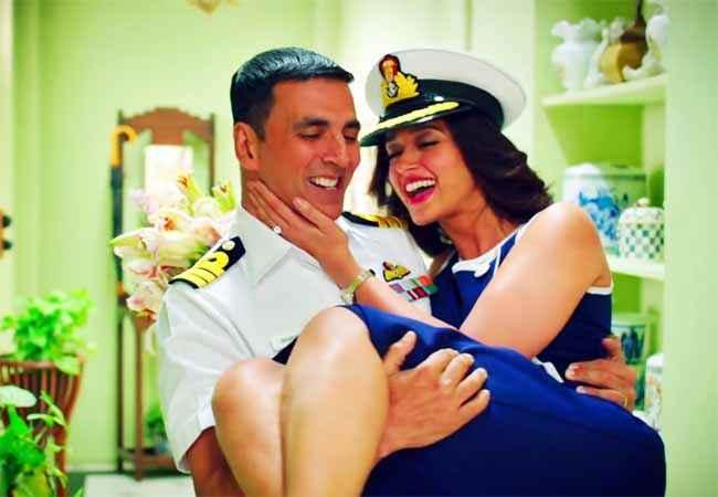Rustom Akshay Kumar Ileana Dcruz Smiling Romantic Scene Stills