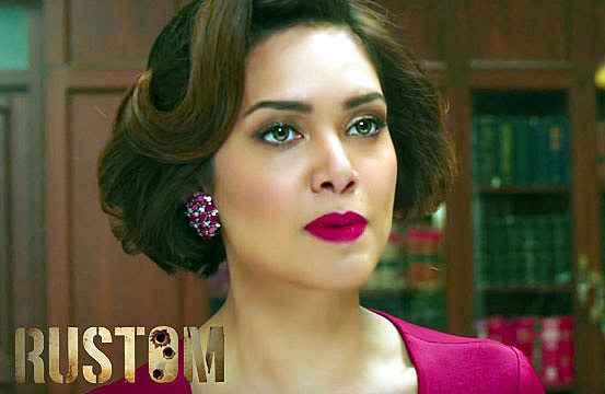 Rustom Esha Gupta Lipstick Stills