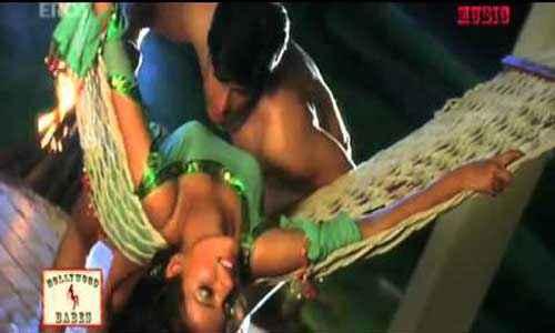 Saawan The Love Season Kapil Jhaveri Saloni Aswani Sexy Scene in Jo Maangi Khuda Se Song Stills