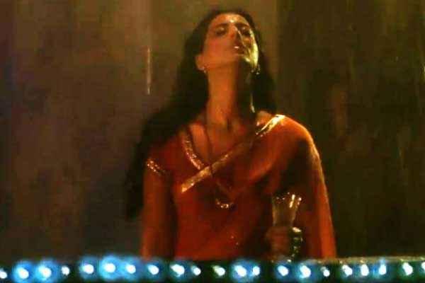 Saheb Biwi Aur Gangster Returns Mahie Gill Pics Stills