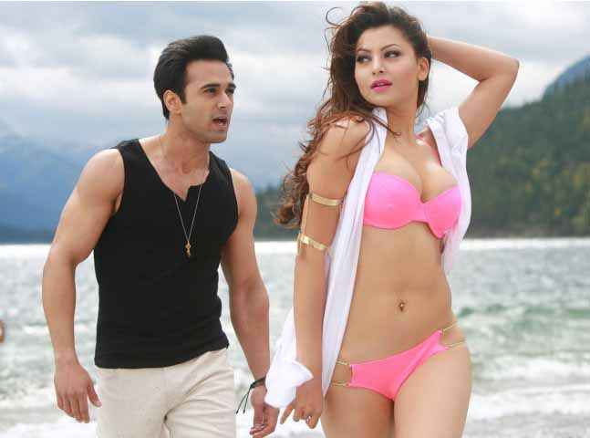 Sanam Re Pulkit Hot Urvashi Rautela In Ping Bikini Hua Hai Aaj Stills