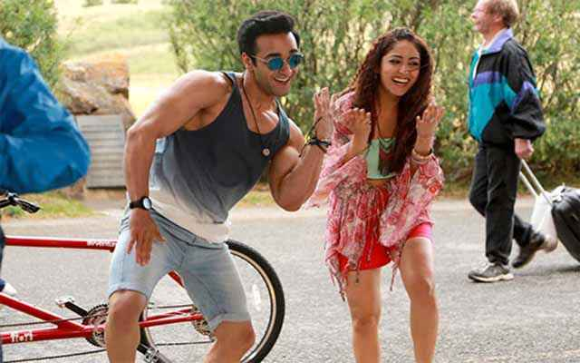 Sanam Re Pulkit Samrat Yaami Gautam Dancing Steps Stills