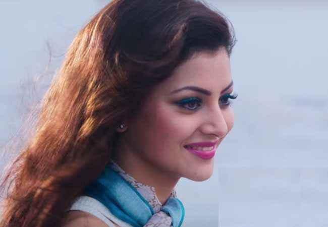 Sanam Re Urvashi Rautela Cute Smile Stills