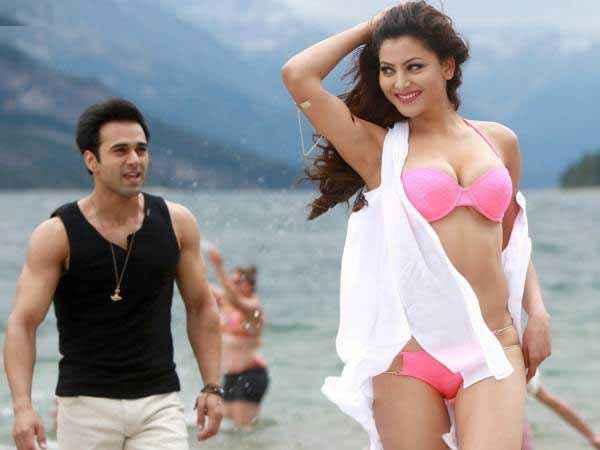 Sanam Re Urvashi Rautela Hot Wallpaper In Pink Bikini Stills