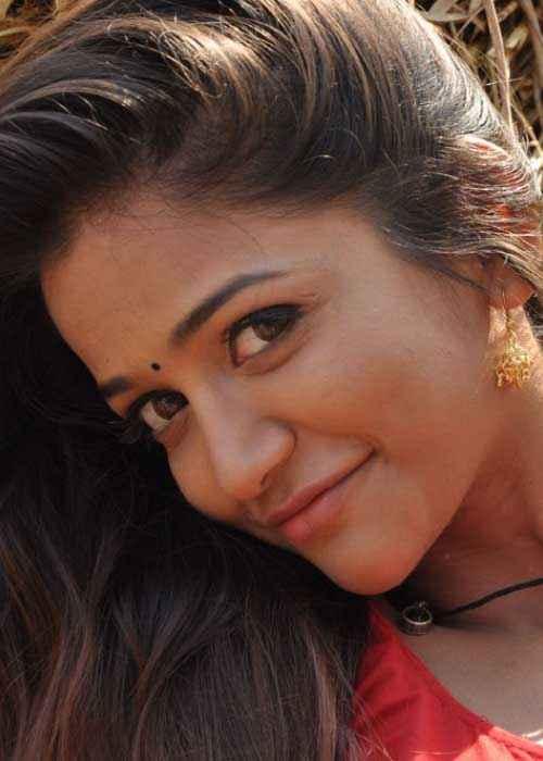 Satya 2 Anaika Soti Stills