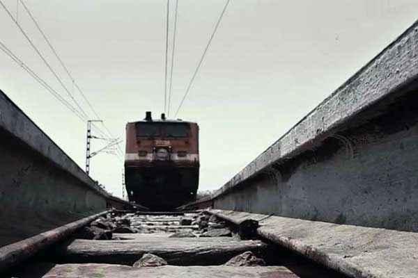 Satya 2 Rail Pics Stills
