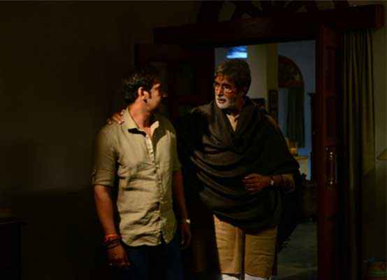 Satyagraha Amitabh Bachchan Ajay Devgn Photos Stills