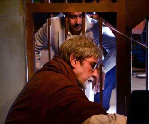 Satyagraha Amitabh Bachchan In Jail Stills