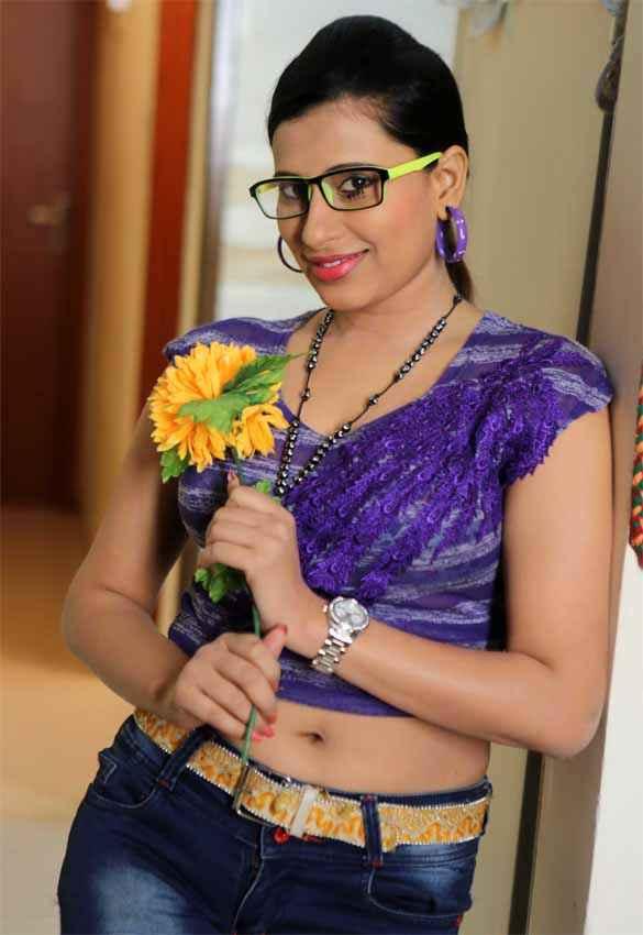 School Teacher Gayatri Singh With Goggle Stills
