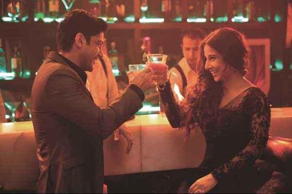 Shaadi Ke Side Effects Farhan Akhtar Vidya Balan in Disco Stills