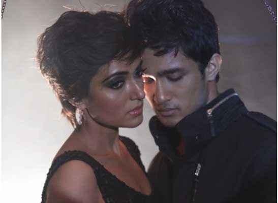 Shab Arpita Chatterjee Ashish Bisht Romance Pics Stills