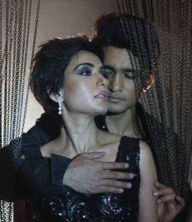 Shab Arpita Chatterjee Ashish Bisht Romance Stills