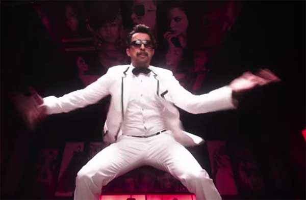 Sharafat Gayi Tel Lene Rannvijay Singh Stunts Stills