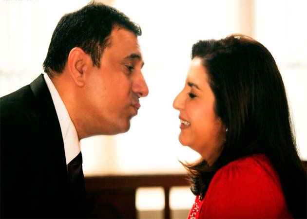 Shirin Farhad Ki Toh Nikal Padi Boman Irani And Farah Khan Romantic Mood Stills