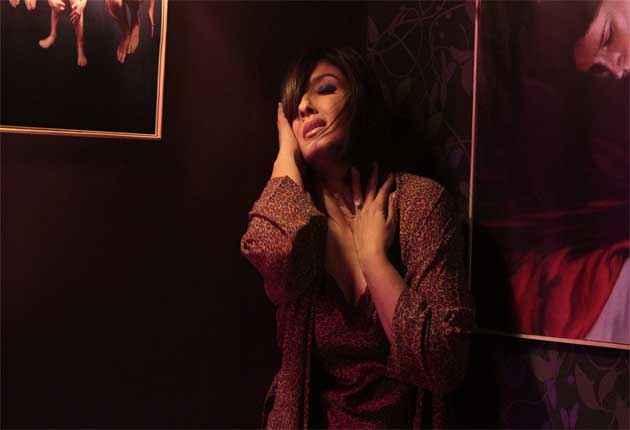 Shobhana 7 Nights Raveena Tandon Sexy Photo Stills