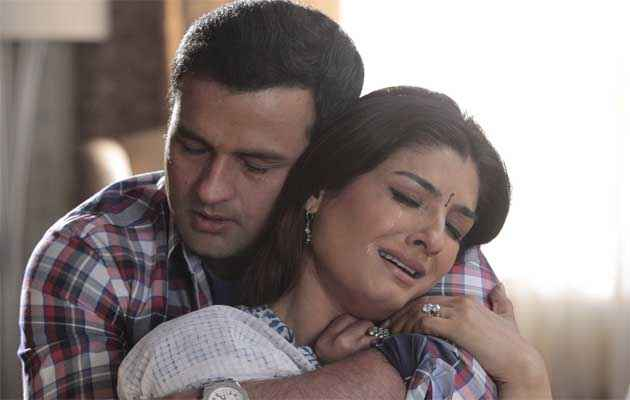 Shobhana 7 Nights Rohit Roy Raveena Tandon Sad Scene Stills
