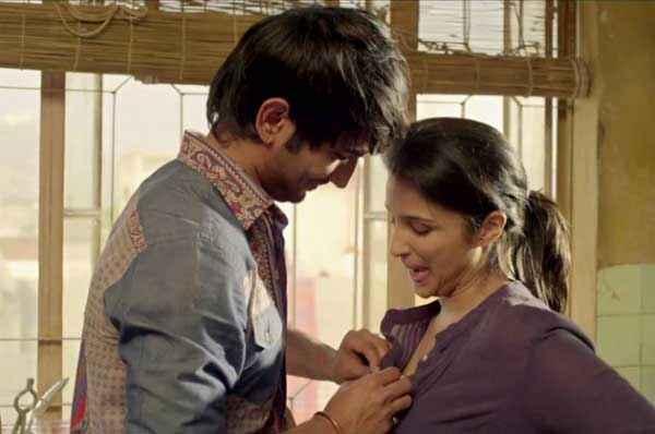 Shuddh Desi Romance Sushant Singh Parineeti Chopra In Sexy Mood Stills