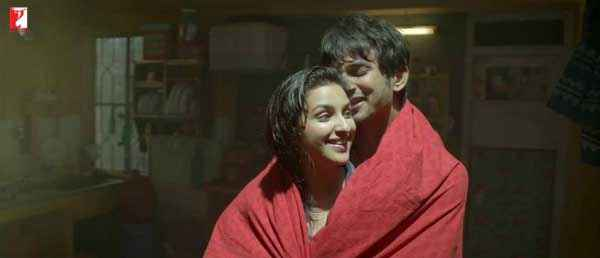 Shuddh Desi Romance Sushant Singh Vaani Kapoor In Towel Scene Stills