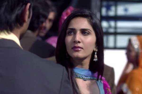 Shuddh Desi Romance Vaani Kapoor Pics Stills