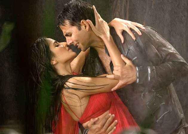 Singh Is Bling Akshay Kumar Katrina Kaif Romance Stills