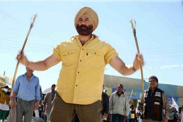 Singh Saab The Great First Look Stills