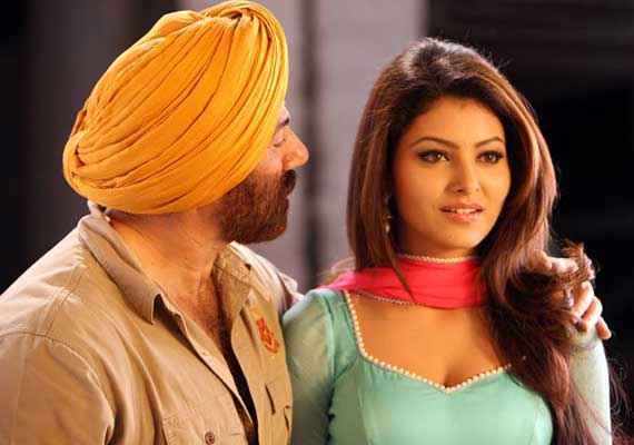 Singh Saab The Great Romantic Pics Stills