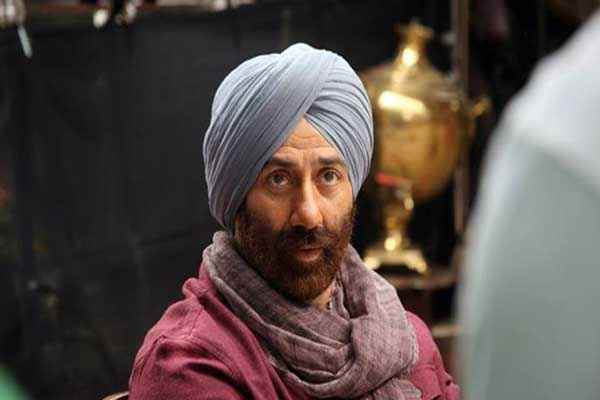 Singh Saab The Great Sunny Deol New Look Stills