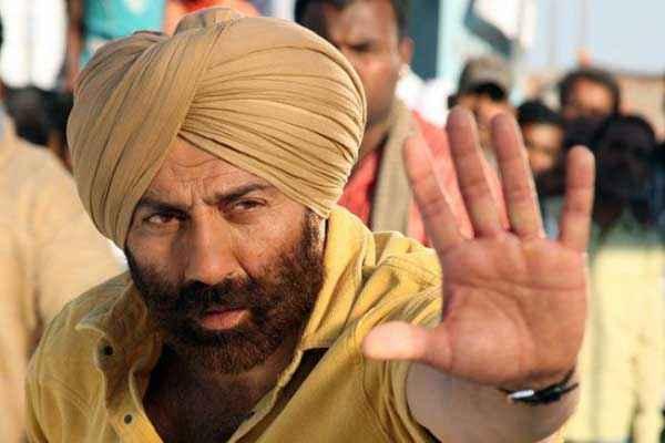 Singh Saab The Great Sunny Deol Stills