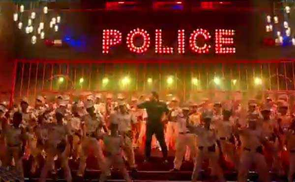 Singham Returns Aata Majhi Satakli Polic Force Dance Stills