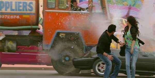 Singham Returns Ajay Devgn Kareena Kapoor Stunt Scene Stills