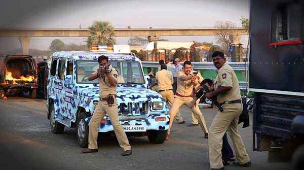 Singham Returns Ajay Devgn Polic Force Fighting Stills