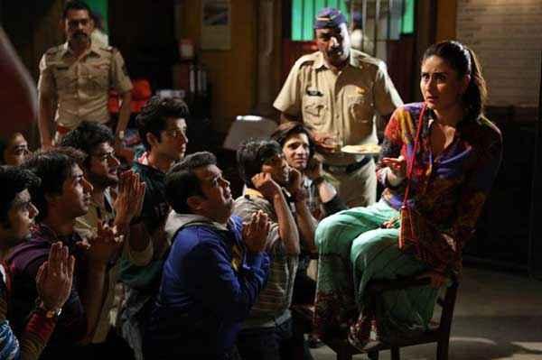 Singham Returns Kareena Kapoor In Jail Stills