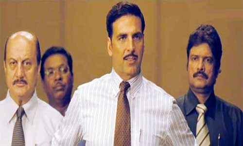 Special Chabbis Akshay Kumar in Tie Stills