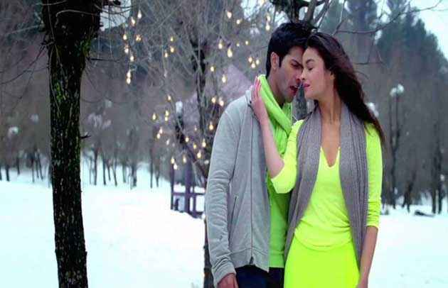 Student of the Year Ishq Wala Love Scene Stills